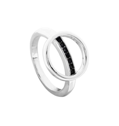 Minimalist Line in the Circle Ring With Crystals From Swarovski®